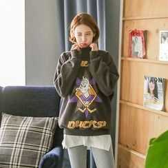 Seoul Fashion - Mock-Neck Printed Sweatshirt