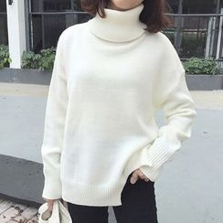 Dasim - Turtleneck Knit Top