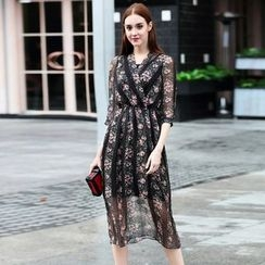 Elabo - Floral Print 3/4 Sleeve V-Neck Midi Dress