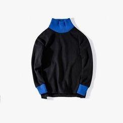 MRCYC - Knit Turtleneck Pullover
