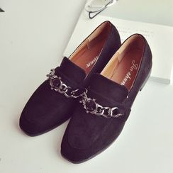 Chryse - Low Heel Chain Detailed Loafers