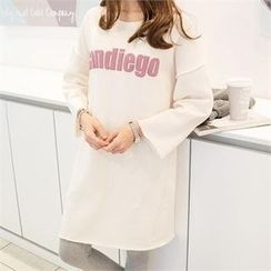 PEPER - Drop-Shoulder Lettering Long T-Shirt
