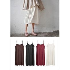 GOROKE - Spaghetti-Strap Pleat Chiffon Midi Dress