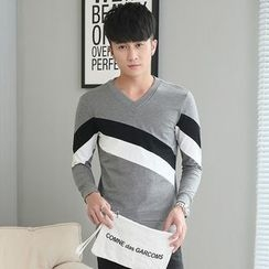 Walwa - Colour Block V-neck Long-Sleeve T-shirt