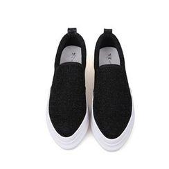 Mancienne - Pointy-Toe Shimmer Slip-Ons