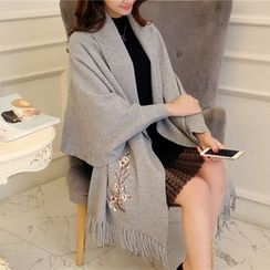 Pecora - Flower Embroidered Fringed Long Knit Cape