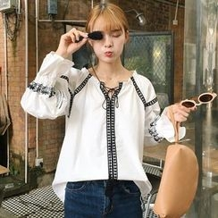 Dute - Embroidered Blouse with Tassel
