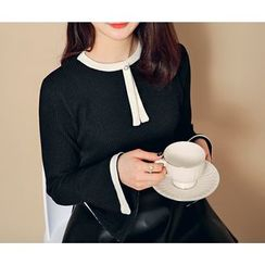 HOTPING - Bell-Sleeve Contrast-Trim Top