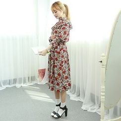 Dodostyle - Floral Patterned Ruffle-Trim Gathered-Waist Dress