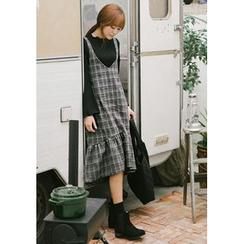 GOROKE - Sleeveless Ruffle-Hem Wool Blend Plaid Dress