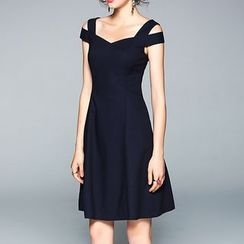 Isadora - 露肩短袖連衣裙
