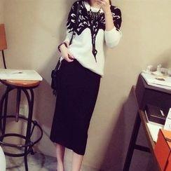 Ageha - Set : Patterned Knit Top + Skirt