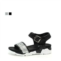 MODELSIS - Buckled Sandals