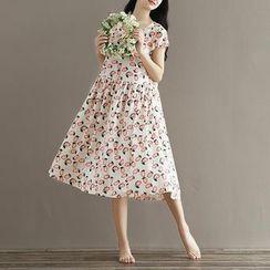 Clover Dream - 印花短袖縮褶腰連衣裙