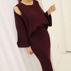 DABAGIRL - Set: Cutout-Shoulder Knit Top + Long Pencil Skirt