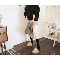 MARSHMALLOW - Pleated-Hem Color-Block Dress