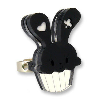 Sweet & Co. - Sweet Black Bunny Cupcake of Heart Silver Ring