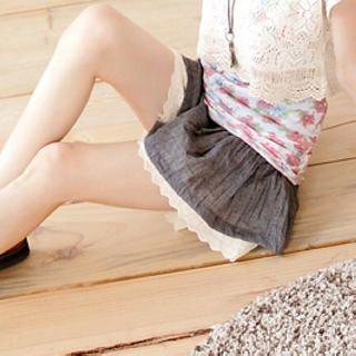 Tokyo Fashion - Lace-Hem Culottes