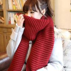 Pompabee - Chunky Knit Scarf