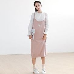 Forest Girl - Heart Embroidered Midi Knit Dress