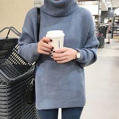 Dute - Turtleneck Sweater