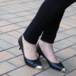 59th Street - Metal Toe Cap Kitten Heels