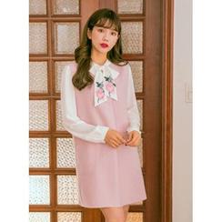 icecream12 - V-Neck Sleeveless Mini Dress