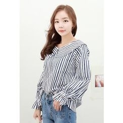 Dalkong - Wide-Collar Striped Blouse