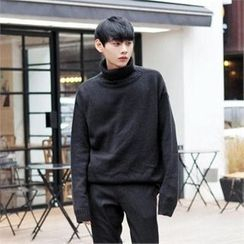 TOMONARI - Turtle-Neck Drop-Shoulder Knit Top