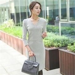 ode' - 3/4-Sleeve Patterned Sheath Dress