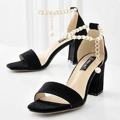 Mancienne - Beaded Chunky Heel Sandals