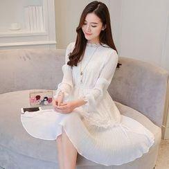 Twinkle Star - Long-Sleeve Lace Pleated Chiffon Dress