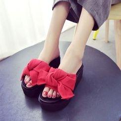 Sofree - Bow Platform Slide Sandals