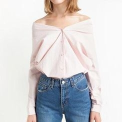 Obel - Off-Shoulder Shirt