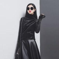 Sonne - 明线钻石绒高领衫