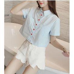 Oaksa - Heart Buttoned Cropped Short Sleeve Shirt
