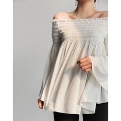 UPTOWNHOLIC - Off-Shoulder Shirred Top