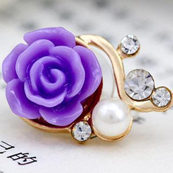 Fit-to-Kill - Diamond Flower iPhone Earphone Plug