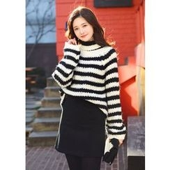 DEEPNY - Turtle-Neck Striped Sweater