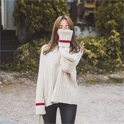 ERANZI - Turtle-Neck Contrast-Trim Rib-Knit Top