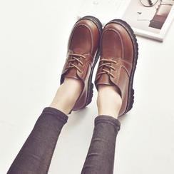 Charming Kicks - 粗跟船鞋