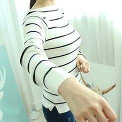 Dodostyle - Stripe Boat-Neck Knit Top