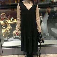 Bloombloom - Plain V-Neck Pinafore Dress