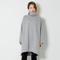 FASHION DIVA - Turtle-Neck Brushed-Fleece Lined Shift Dress
