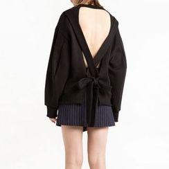 Obel - Open Back Pullover
