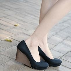 59th Street - Faux Leather Wedges