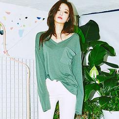 chuu - Deep V-Neck Long-Sleeve T-Shirt