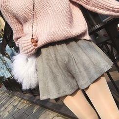 Deerie - Wide-Leg Shorts
