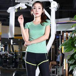 RITMO - 套装: 运动短袖T恤 + 假两件运动短裤内搭裤