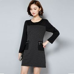 Soswift - Pinstriped Long-Sleeve Shift Dress